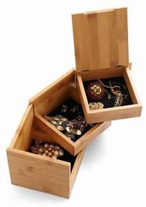 Boite A Bijoux En Bois : la bo te bijoux en bois 43 photos de belles boites en bois ~ Teatrodelosmanantiales.com Idées de Décoration