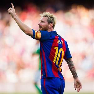 Pictures of Messi vs Real Betis Balompie La Liga 2016/2017