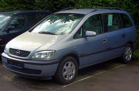 Opel Zafira by Opel Zafira A