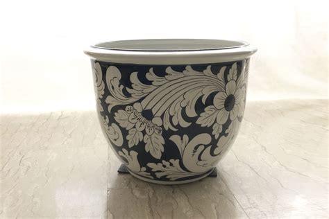 vaso bianco vaso bianco e nero profiliarredamenti