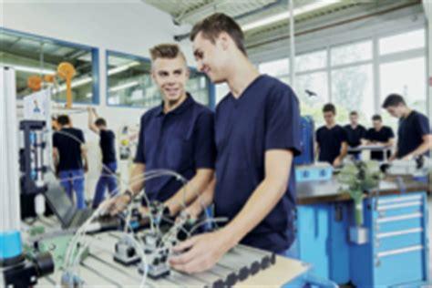 Infos zu Berufswahl, Ausbildung und Ausbildungsplätzen in