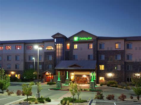 kid pet friendly hotels   holiday inn denver