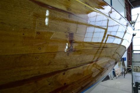 Yacht Varnish Matt by The Time To Varnish Any Yacht Exterior Is When The Sun Is