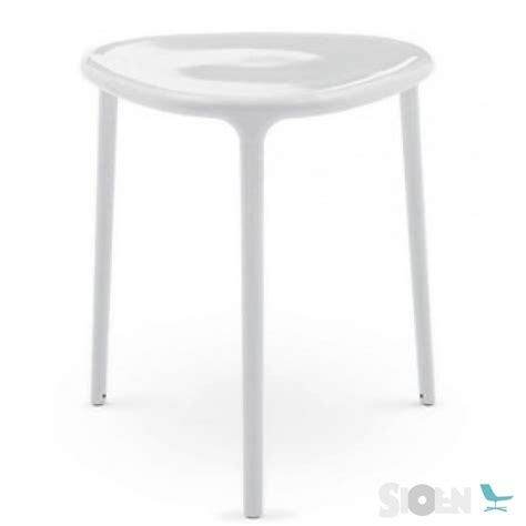 magis air table triangle rounded sioen furniture
