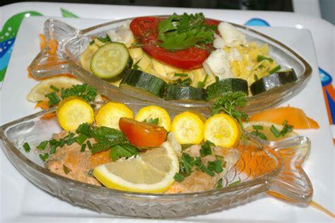 cuisine en papillote saumon en papillote courgettes etc au cuit vapeur
