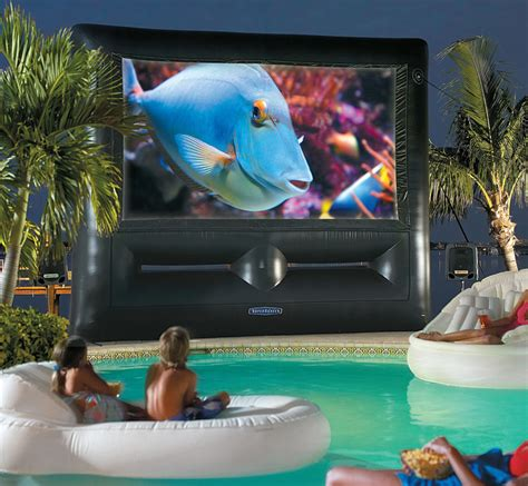 theater inflatable backyard things screen movie theaters cool pool ultimate system cinema superscreen summer huge fun insanely blow usefuldiyprojects screens