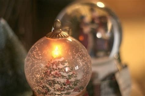 christmas snow globe pictures   images