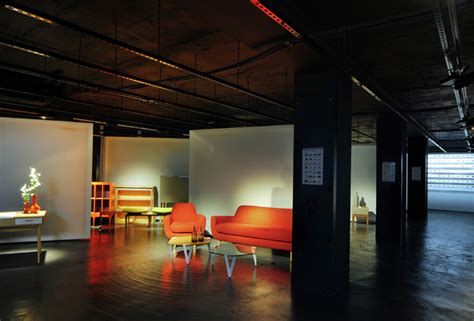 bureau de change design made com showroom by bureau de change design office