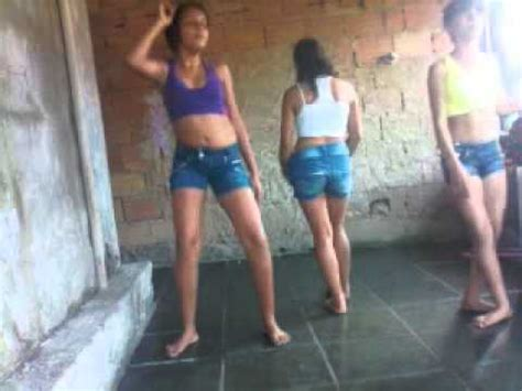 meninas dancando bonde das maravilhas quadradinho de  youtube