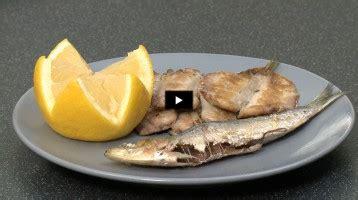 comment cuisiner pavé de saumon astuce cuisson pavé de saumon vidéo gourmand