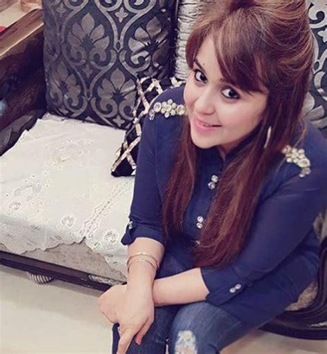 pictures  kapil sharmas gorgeous wife ginni chatrath