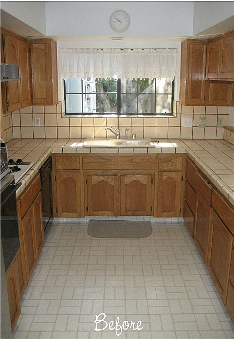 painting 1980s kitchen cabinets before after carolyn s quot yucky quot 1980s kitchen hooked 4008
