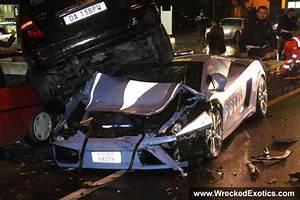 Lamborghini Gallardo Police Car Crash Accident