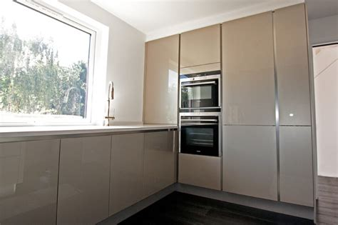 l shaped kitchens with island high gloss chagne acrylic kitchens