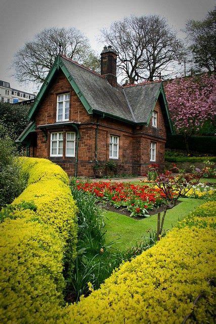 Cottage Scotland by Scottish Cottage Garden Cottage Edinburgh Scotland