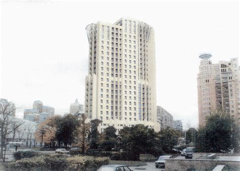 Остекление зданий остекление фасадов производственных и промышленных зданий в москве цены на светопрозрачные конструкции