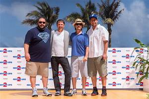 Kevin James Photos Photos - 'Grown Ups 2' Cast Hangs Out ...
