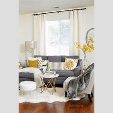 10+ Best Ideas About Grey Couch Rooms On Pinterest Grey