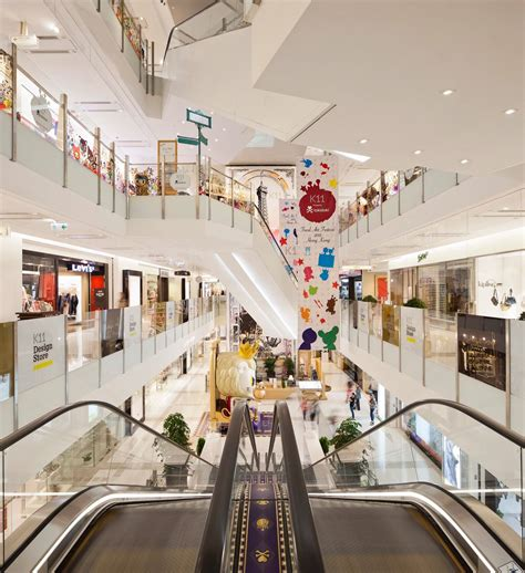 retail complex hong kong   story shopping center integrates  clients art
