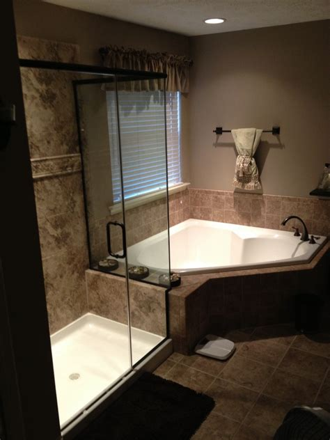 Tub Shower Remodel by Average Cost To Remodel A Master Bathroom Bath Doctor