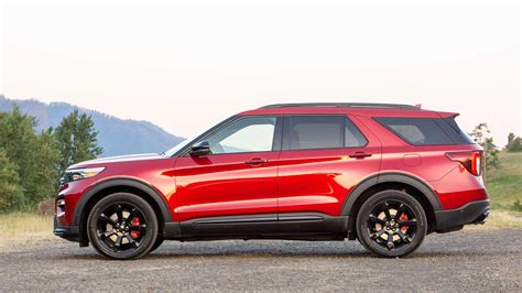 ford explorer st  drive staying power