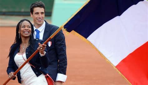 les porte drapeaux de la aux jeux olympiques l quipe de olympique
