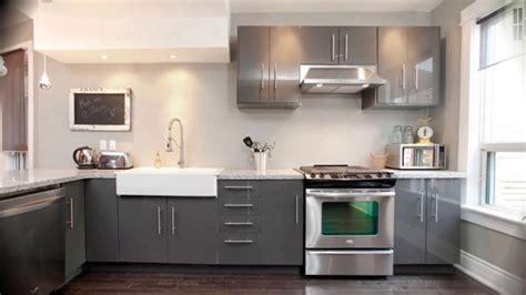 seraya kukhnya  interere foto  gray kitchen interior photo grau kitchen interior foto