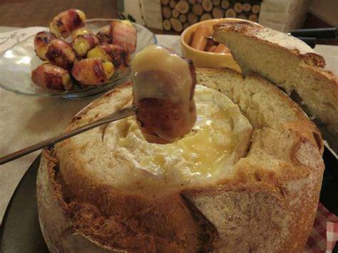 recette de cuisine camembert au four recettes de fondues et