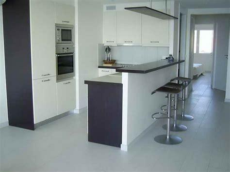 bar de cuisine hauteur design en image