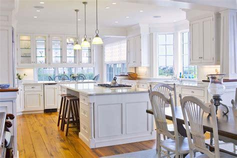 White Kitchens : Top 5 Ideas Of Wall Decor For Kitchen