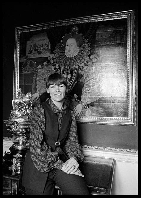 Glenda Jackson - 1973 | The Duffy Archive