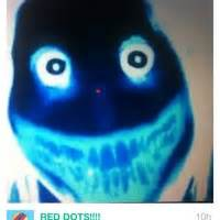 """Watch RED DOTS!!!!'s Vine """"Stare at the red dot on her ..."""