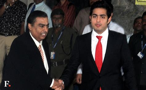 mukesh ambani announces reliance jio plans offering free voice calls zero roaming charge