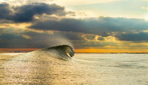 surfing   ridiculously addictive  inertia