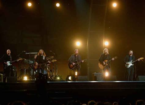 The Eagles Sue Hotel California, Claim Mexican Hotel Deceives Guests Uinterview
