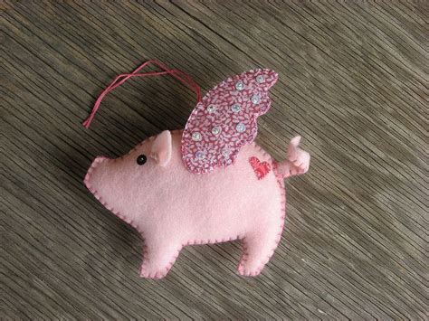 pink flying pig outside christmas decoration flying pig i ll to make some like this for the