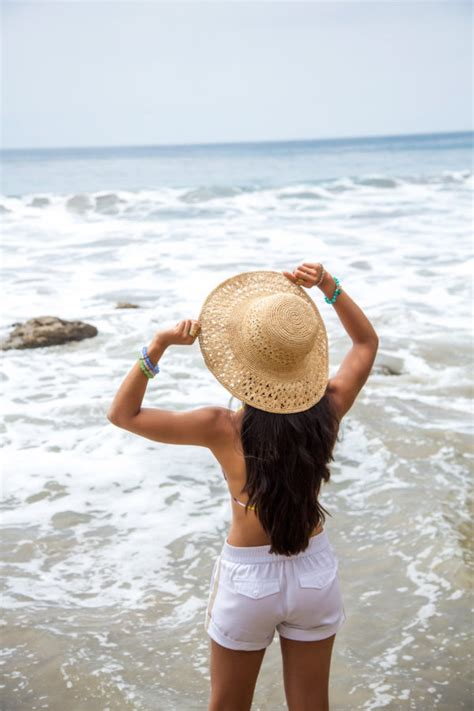 Must Have Accessories For This Summer Beach Hat To Express Your Fashion Taste