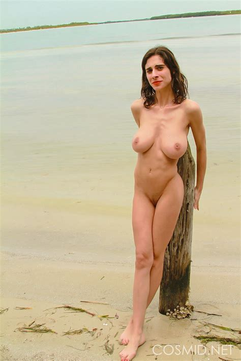Busty Brunette Girl Violet Drops Her Bikini On The Beach