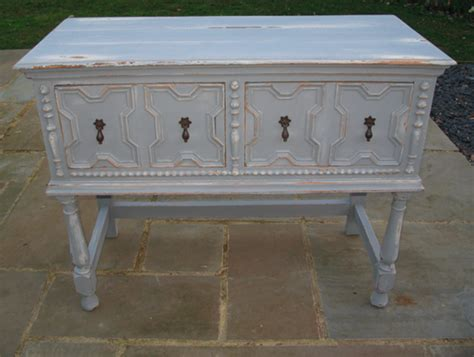 How to Paint Wood Furniture Shabby Chic
