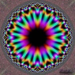 Facebook   Optical Illusions   Pinterest