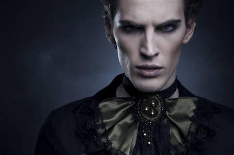 Die 13 Besten Vampirserien  Hd Austria Blog
