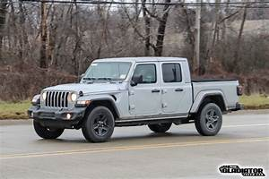Jeep Towing Chart Fca Sold 70 Jeep Gladiators In February 2020 Jeep