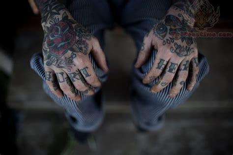 finger mann amazing ideas neck tattoos of boys