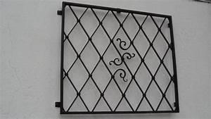 Gitter Für Kellerfenster : metallgitter fenster ~ Markanthonyermac.com Haus und Dekorationen