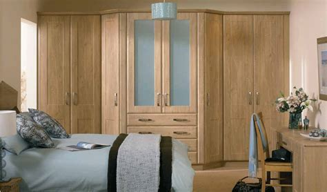 Traditional Bedrooms   New England Kitchens