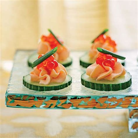 smoked salmon mousse canapés appetizers