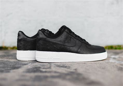 Nike Air Force 1 Ostrich Black Red - Sneaker Bar Detroit