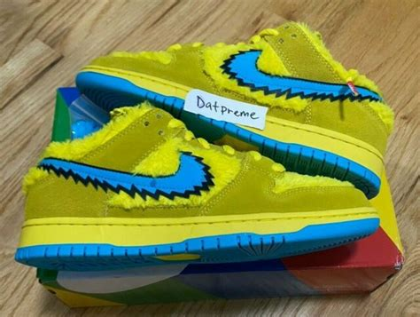 nike sb dunk pro grateful dead opti yellow bear qs