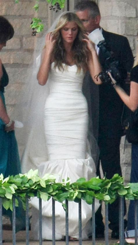 brooklyn decker stars  wore vera wang wedding gowns