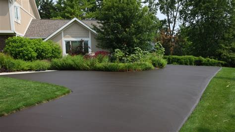 cost of paving a driveway how much does an asphalt driveway cost angie s list